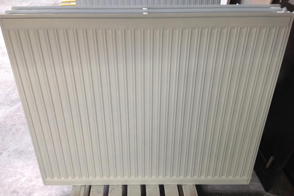 radiator NA het lakken