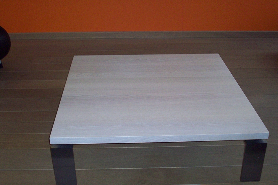 beitsen en vernissen salontafel