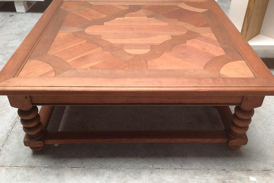 vernissen antieke salontafel VOOR